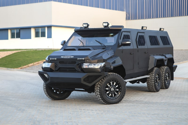 Hunter  – Armored Personnel Carriers