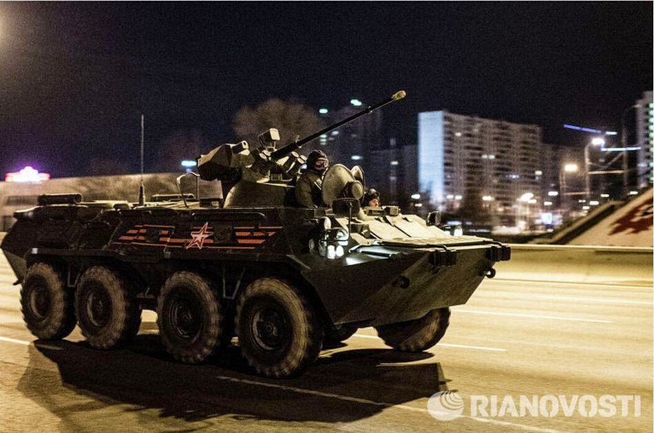 Russian military parade rehearsals at night 6