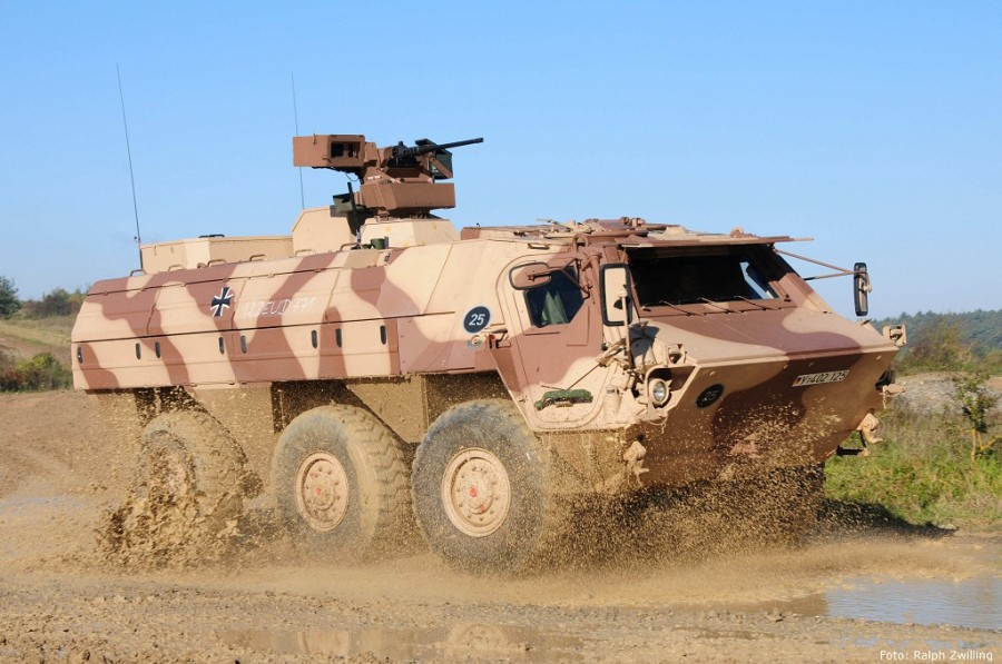 German and Polish companies are to develop a new amphibious  armed vehicle