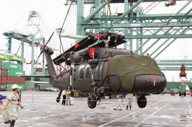 Taiwan's second batch of four army Black Hawk UH-60M helicopters arrive 3