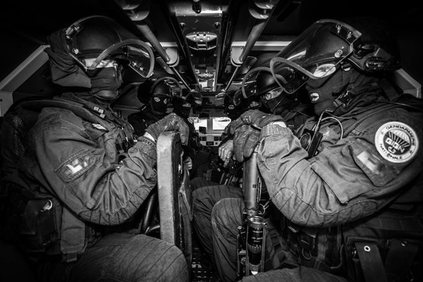 French GIGN en Route to Mali to Help Solve The Hostage Situation