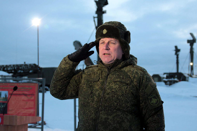 Russians deploy S-400 missile regiment in the Arctic 6