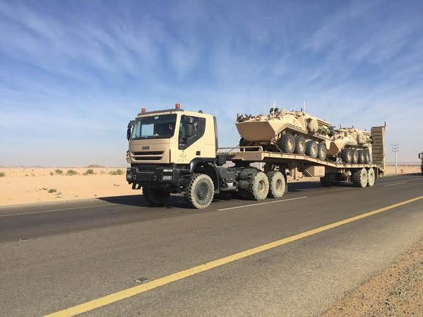 Saudi is sending reinforcements to its Southern border with Yemen to stop the advances of Houthis rebels 3