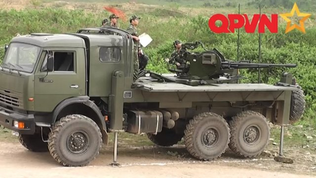 http://defence-blog.com/wp-content/uploads/2015/12/viet-nam-che-tao-thanh-cong-phao-co-dong-tren-xe-kamaz-hien-dai.jpg