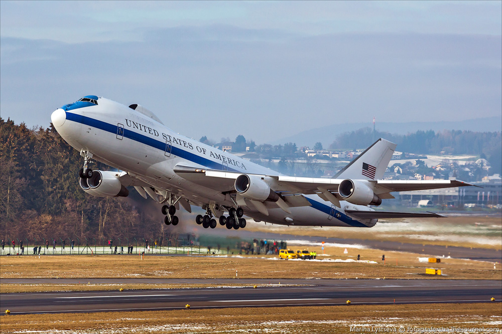 photos of u s air force boeing e 4b nightwatch takeoff at zurich