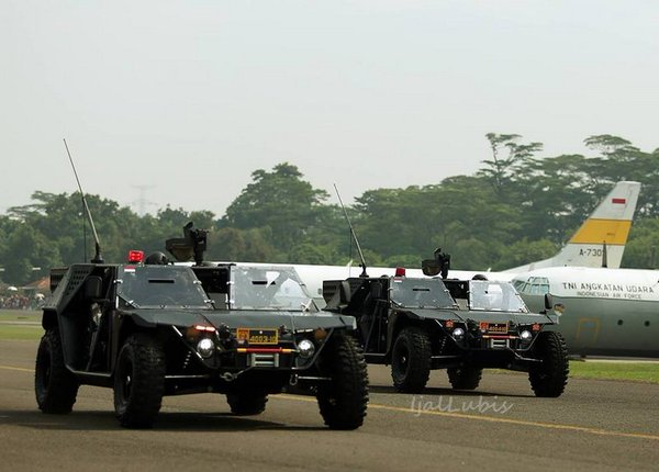 Indonesian Air Force special forces  showcase new light tactical vehicle