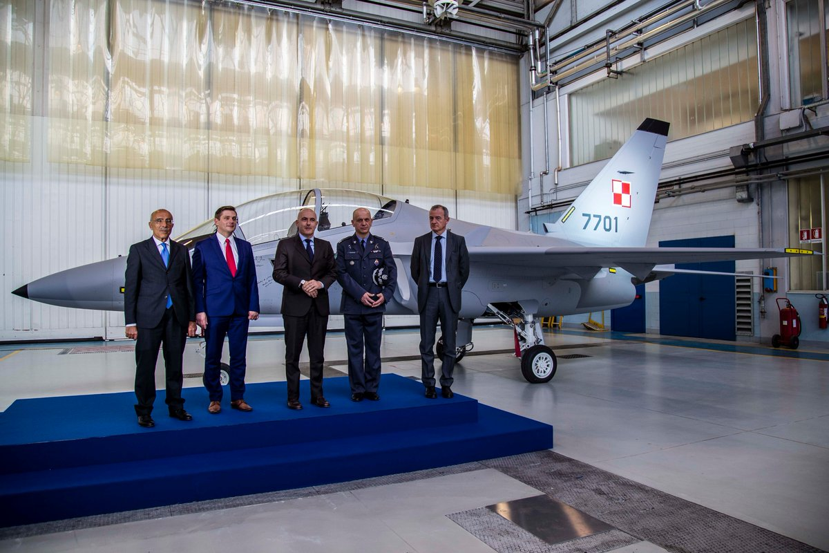First  M-346 aircraft for the Polish Air Force unveiled by Polish Deputy Defence Minister