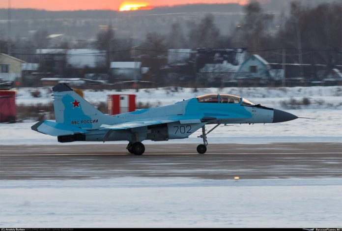 russia to unveil new mig 35 fighter jet in january 27. Black Bedroom Furniture Sets. Home Design Ideas