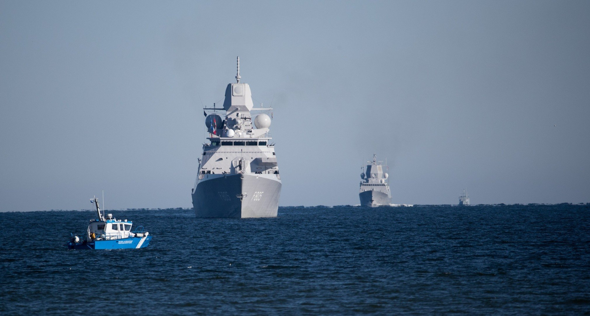 Six NATO warships arrive in Estonia