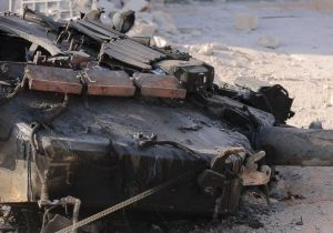 Syrian militants destroyed Russia-made T-90 near of Abu Kamal