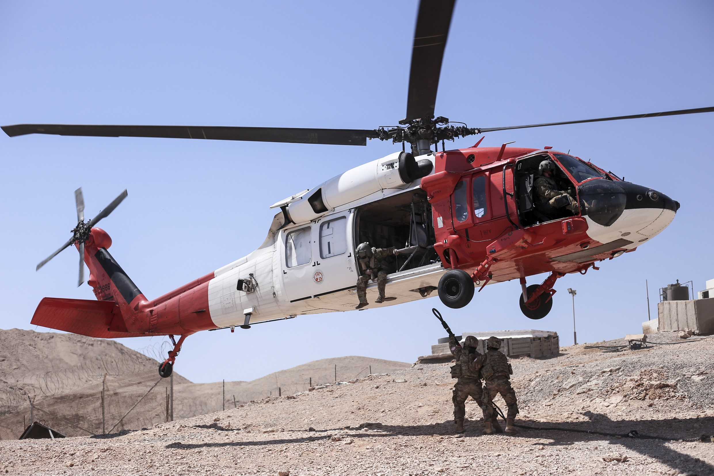 U.S. Army Black Hawk helicopter crashes in Egypt