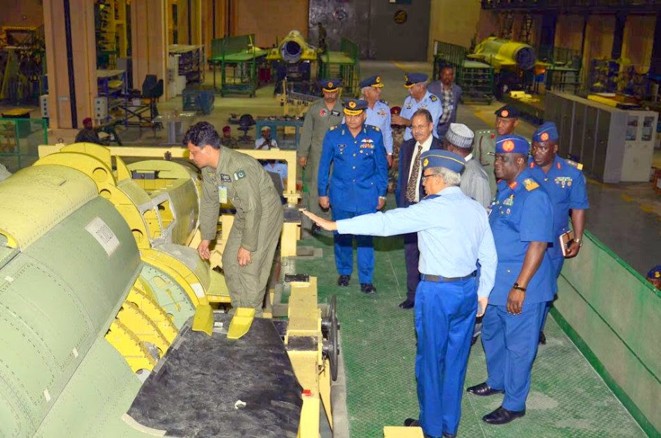 Assembly line of Pakistani JF-17 Block2 fighters 4