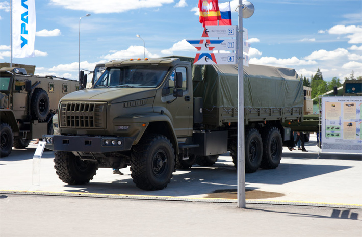 Ural has developed a new Russian off-road 6×6 truck ...