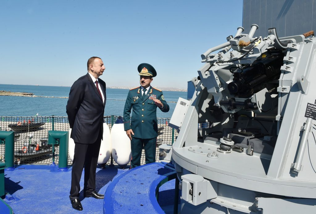 President Ilham Aliyev reviews new second degree border guard ship of Border Service (c) azeridefence.com
