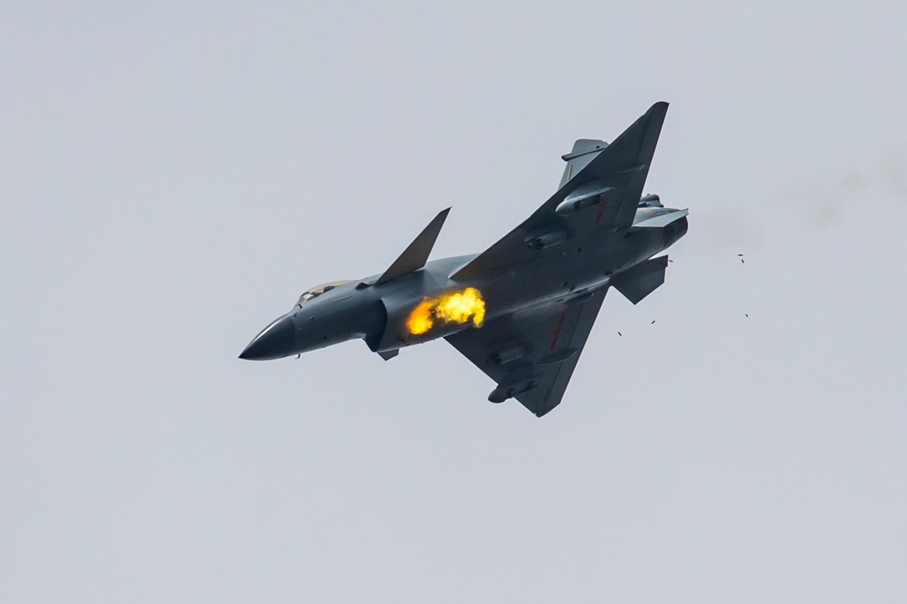 Chinese J-10B Fighter Jets In Training For 2017