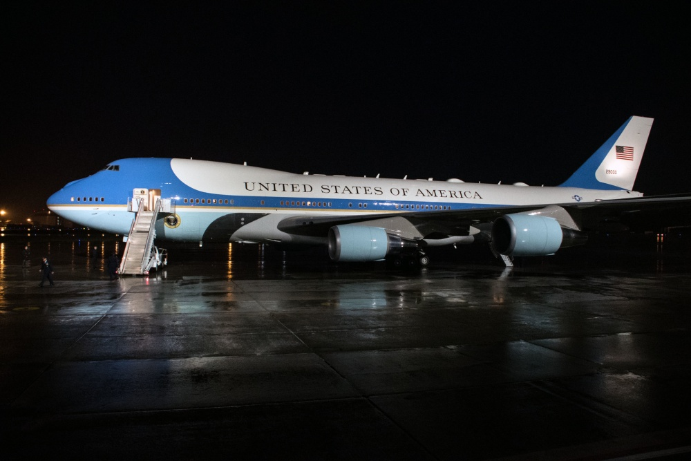 Boeing gets $3.9 billion contract for new Air Force One jets