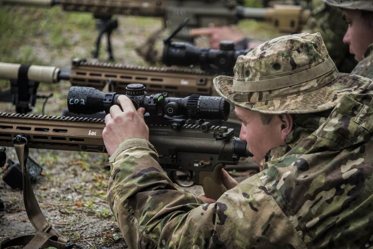 U S  Army Airborne snipers testing newest precision rifle – Defence Blog