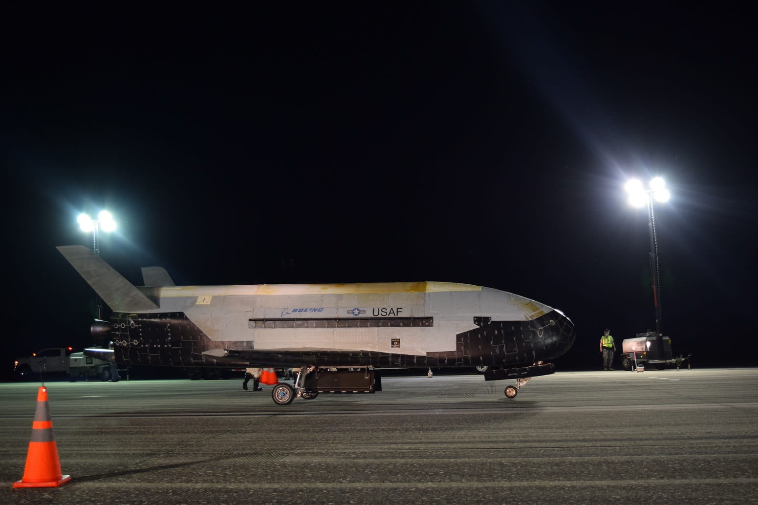 Air Force's secretive 'space plane' comes down to earth after 2 years