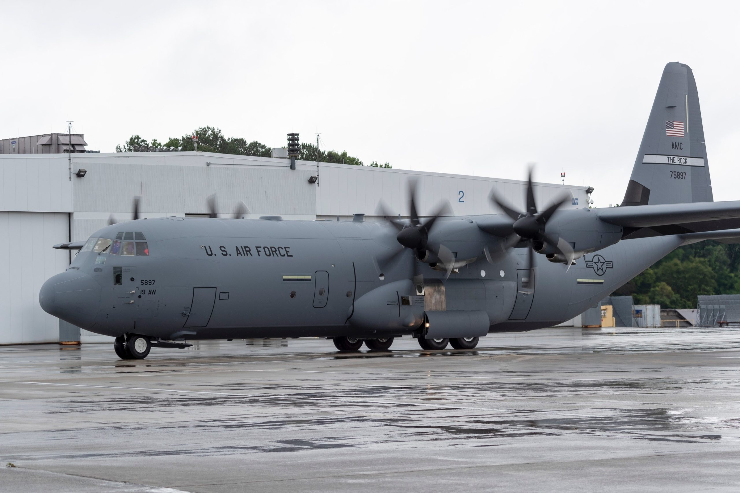 19th Airlift Wing receives final C-130J Super Hercules