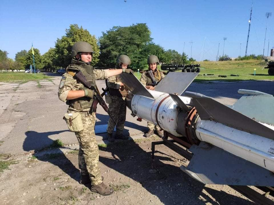 Ukrainian scrapped S-125 missile systems return to service