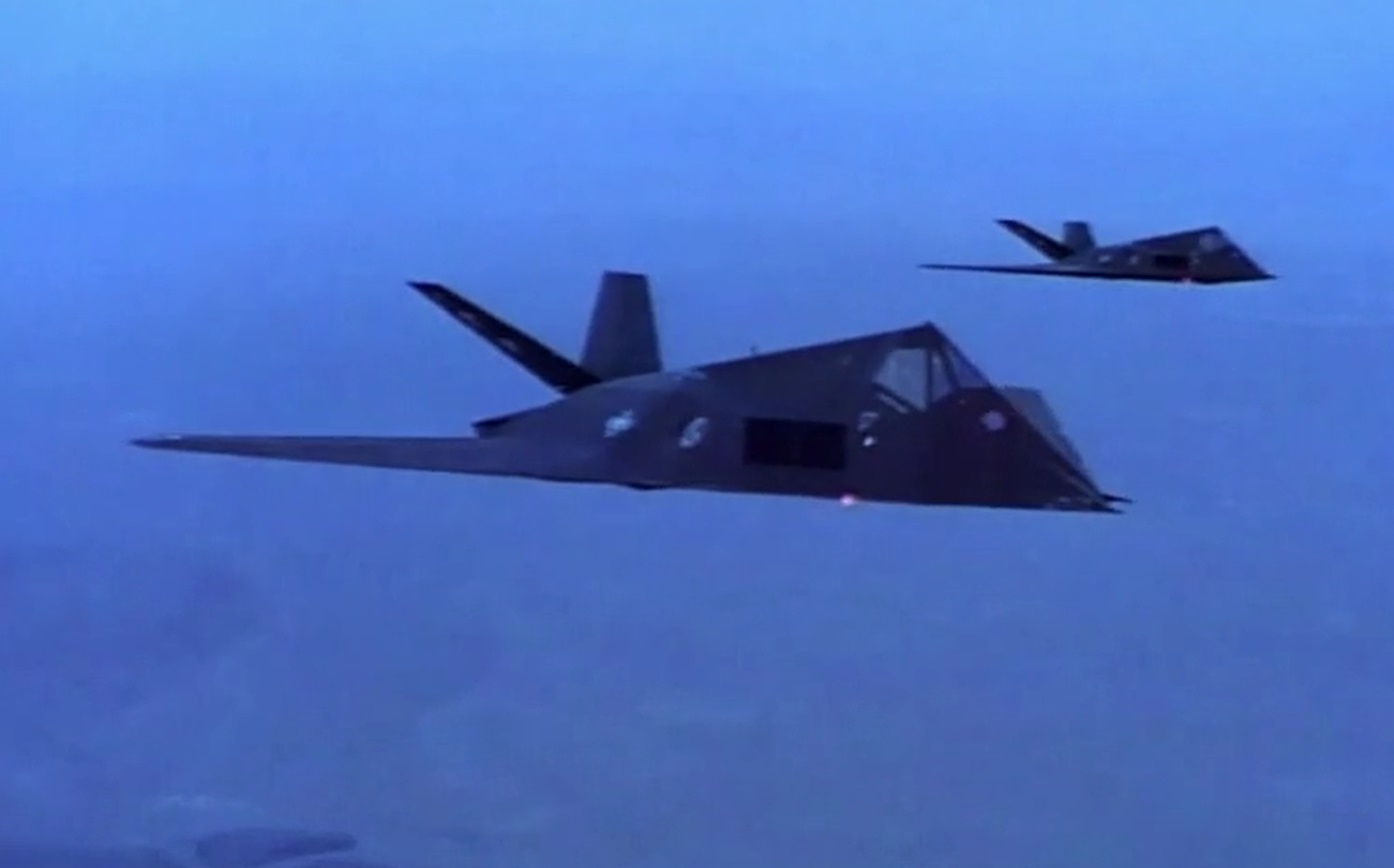 Two F-117 Nighthawks stealth aircraft spotted over Los Angeles