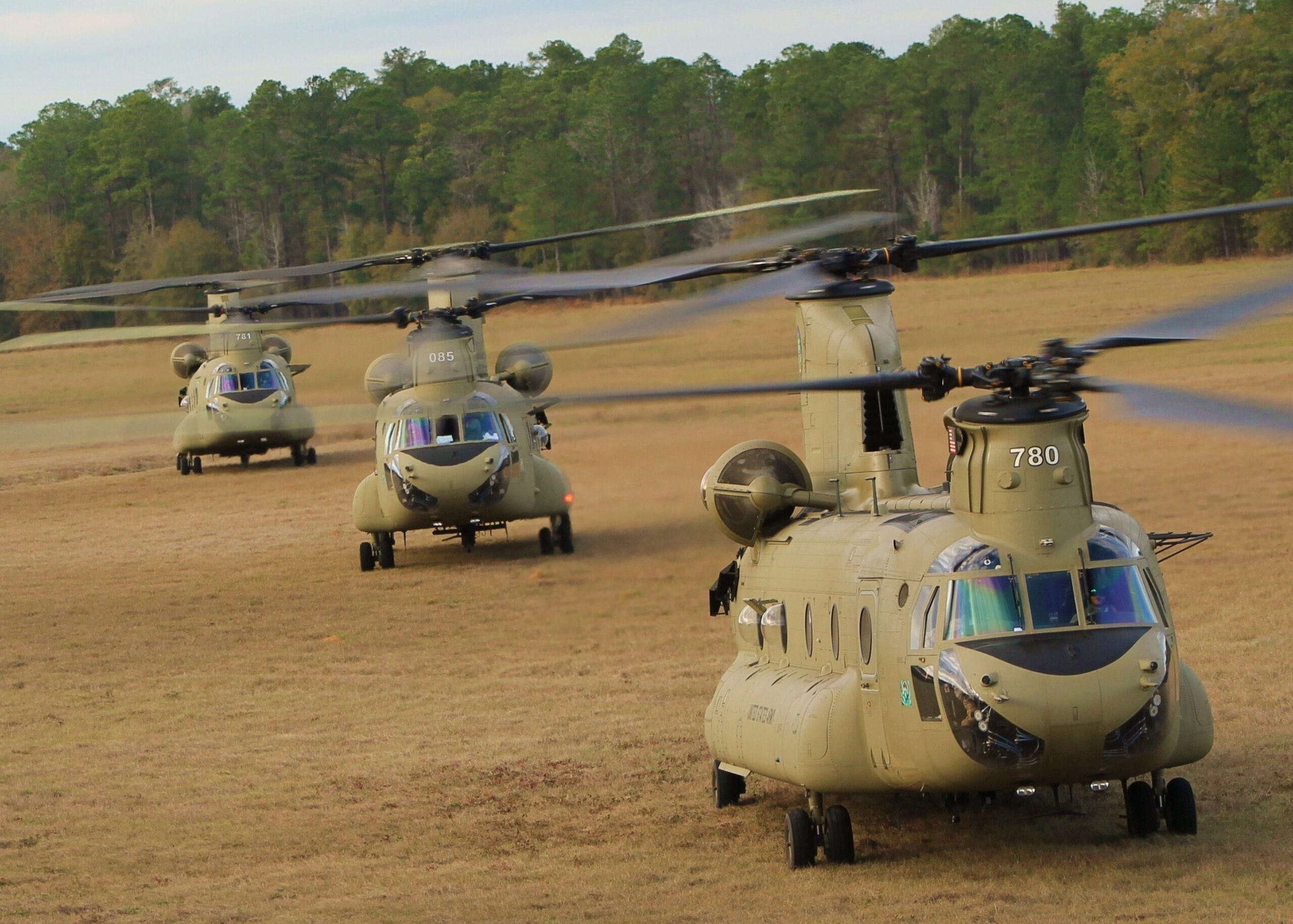 U.S. tells Congress of plans to sell CH-47F Chinook helicopters to Australia